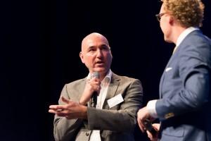 Daan van Beek legt op verzoek van Rens uit waarom Business Intelligence met een B begint...